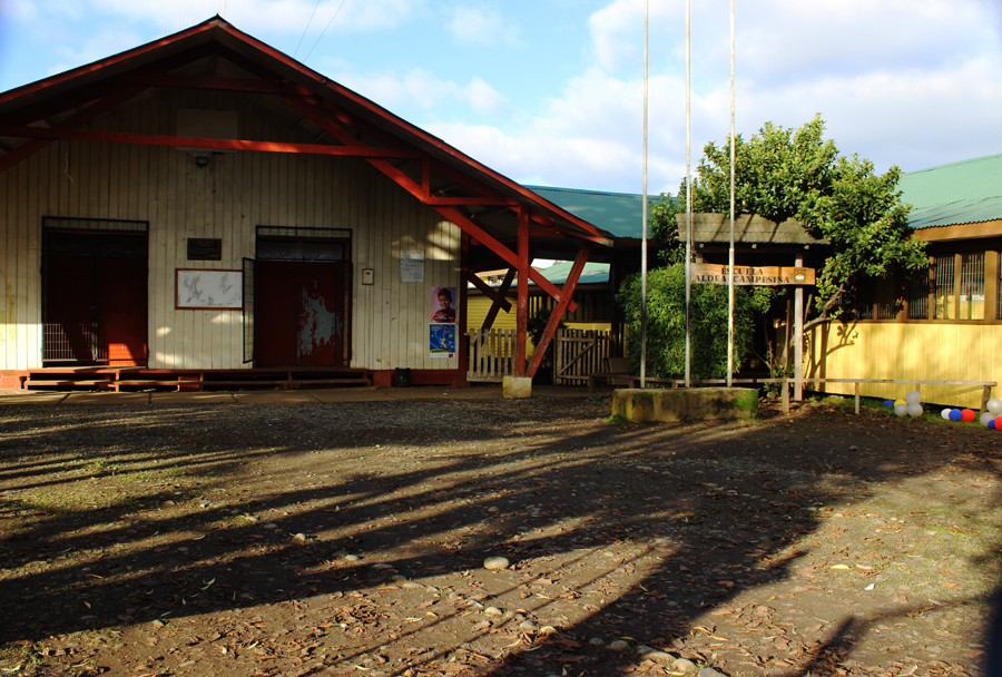 escuela aldea campesina