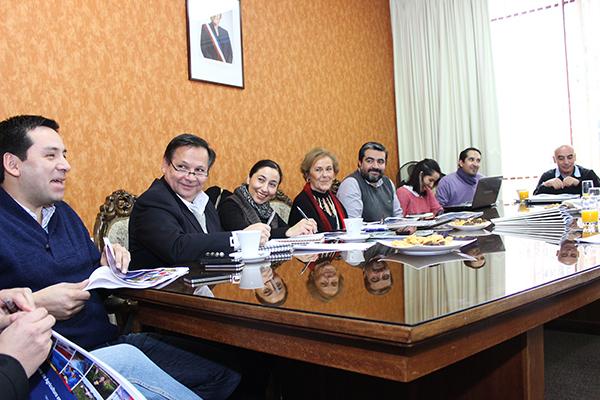 Entidades del agro se reúnen con alcaldesa Astudillo y equipo técnico para exponer trabajo conjunto