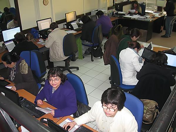 Mujeres unioninas participan en curso de alfabetización digital