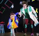 """Niños y adultos de La Unión disfrutaron de la obra """"El soplador de estrellas"""" con sus coloridos personajes"""
