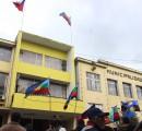 Firman decreto municipal que autoriza el izamiento de la bandera mapuche en diversos actos de La Unión