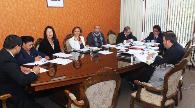 Municipalidad inició sumario administrativo para determinar irregularidades en sueldos de funcionarios del departamento de salud