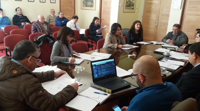 Concejo Municipal aprueba listado de Becas de Enseñanza Superior 2017